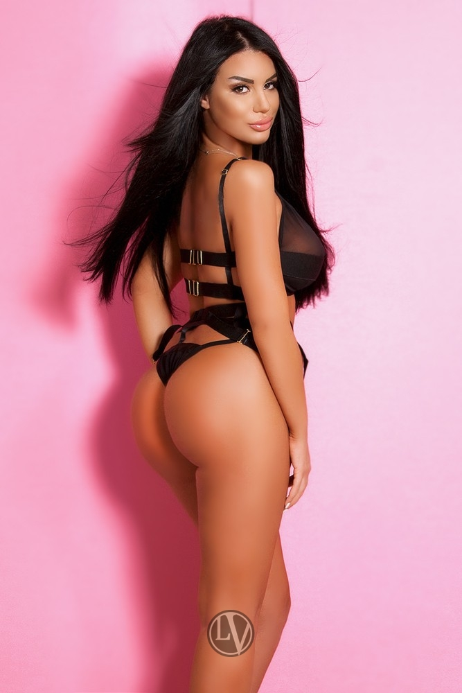Sexy escort Keeley is a firm favourite with our customers.