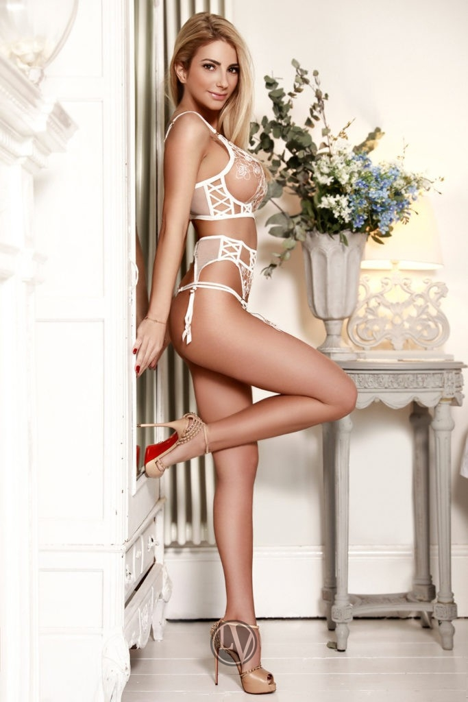 london escort agencies 350 h